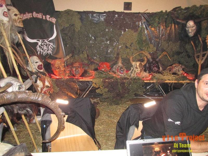 Maskenaustellung der Schmiede Teifln